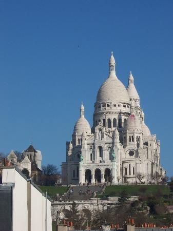 Avenir Hotel : The Sacre Couer Cathedral--viewed from our balcony.