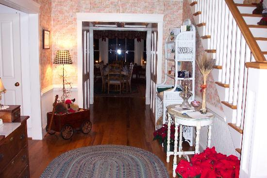 The Inn at Sugar Hollow Farm: When you enter the Inn you are welcomed like one of the family