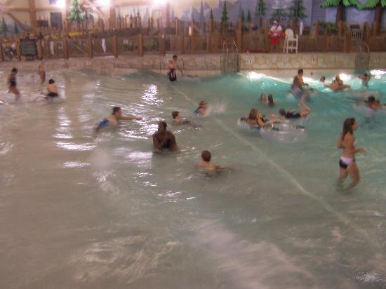 Great Wolf Lodge: wave pool 2nd photo