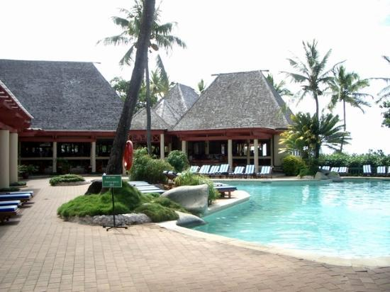 Shangri-La's Fijian Resort & Spa: Takali Pool -Adults only, next to bar