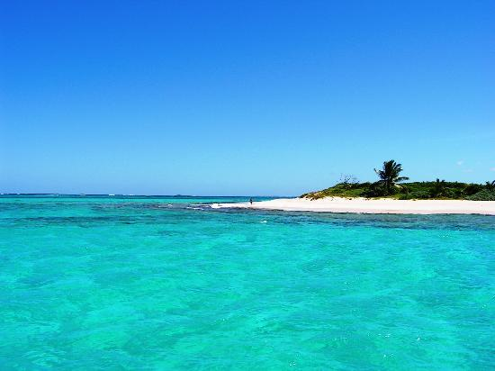 The Valley, Anguilla: Prickly Pear Island