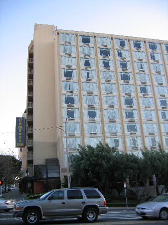 Hotel from corner of Van Ness and Lombard - Picture of