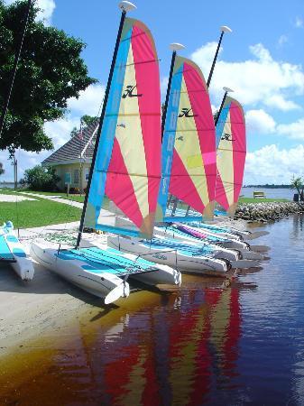 Port Saint Lucie, FL: Boats dock along the river