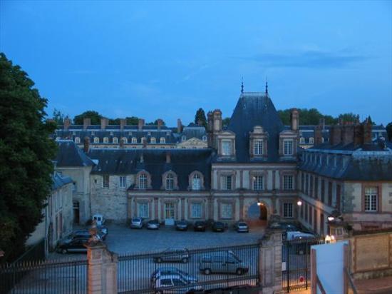 Hôtel Le Richelieu : view from window