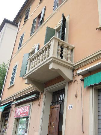 Amarcord Bologna Bed and Breakfast: Room Balcony overlooking street