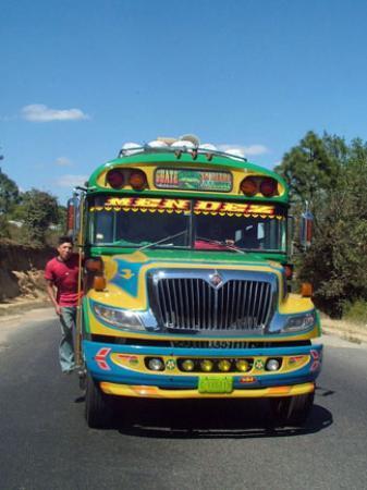 Hotel Posada de Don Rodrigo: Chicken bus on its way to San Pedro la Laguna from Antigua.