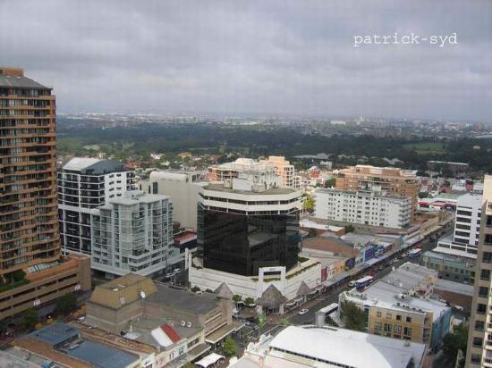 Meriton Suites Bondi Junction : view from bedroom