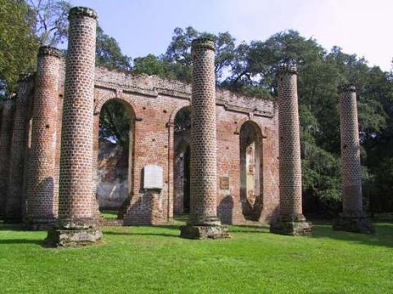 ‪Old Sheldon Church Ruins‬