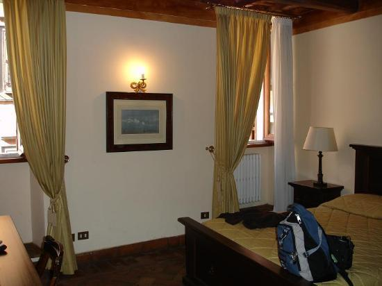 Relais Banchi Vecchi : The inside of our room