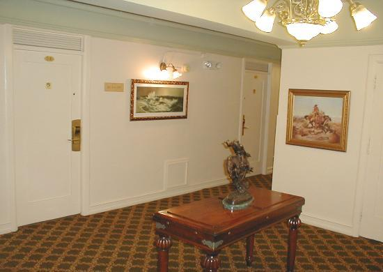 Hotel San Carlos: The elevator foyer on my floor. Note the bronze and the paintings.