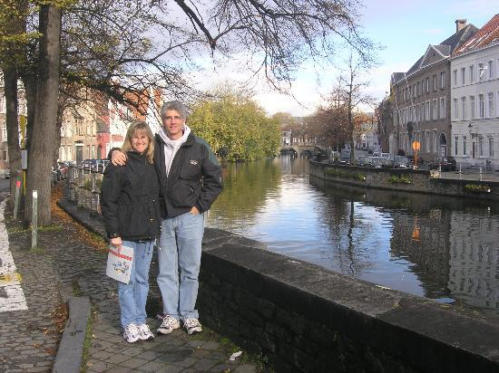 Hotel Fevery: Brugge Canal & us