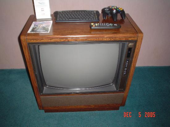 Outdated zenith console tv picture of embassy suites by for Floor model tv