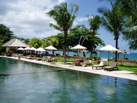 Belmond Jimbaran Puri: The pool area