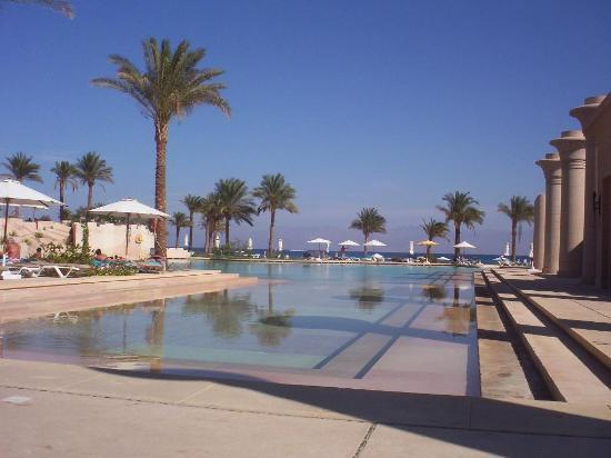 Sofitel Taba Heights : part of pool area