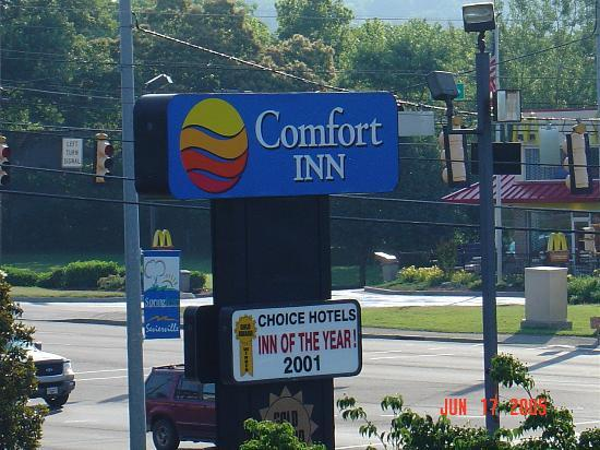 Comfort Inn Apple Valley: Sign