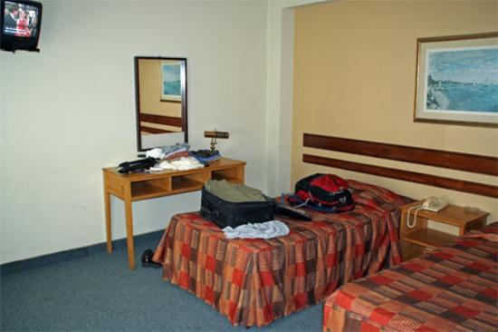 Hotel Acosta: Typical room