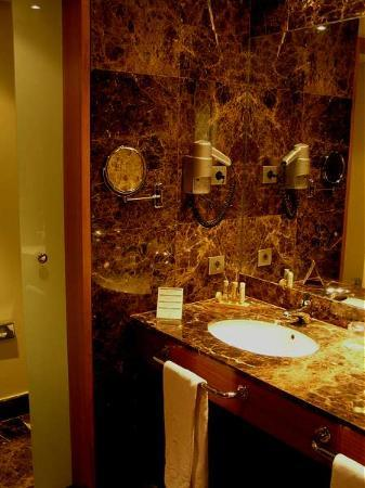 Arrecife Gran Hotel & SPA: Bathroom