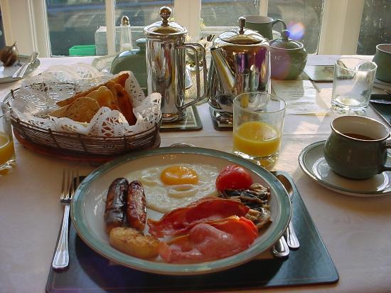 Typical Irish Breakfast. Lovely Table setting. - Picture of St ...