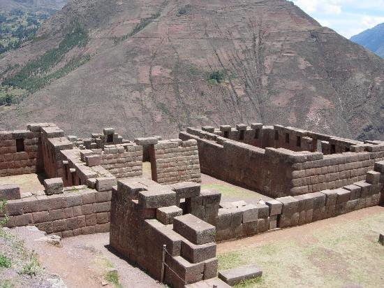 Pisaq, Peru: Archeological ruins at Pisac