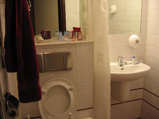 Hotel The Neighbour's Magnolia: Bathroom