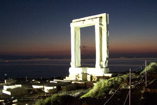 naxos portara (star gate)