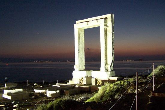 Наксос, Греция: naxos portara (star gate)