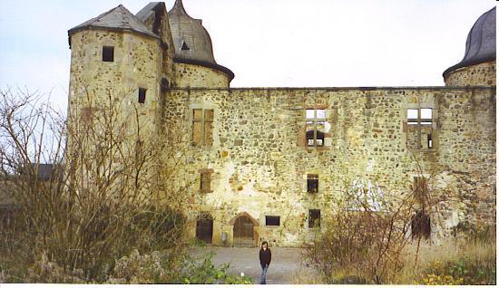 Dornröschenschloss Sababurg: Outside Castle