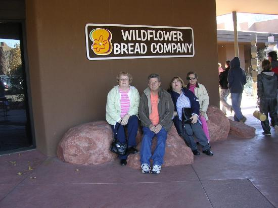 Sedona Summit Resort: The Wildflower Bread Co. - great place to eat !