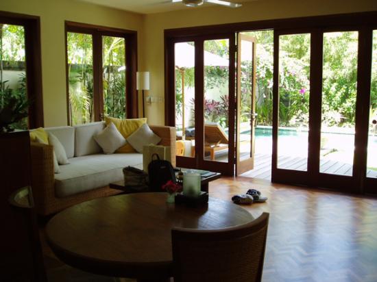 Bali Pavilions: Lounge Area
