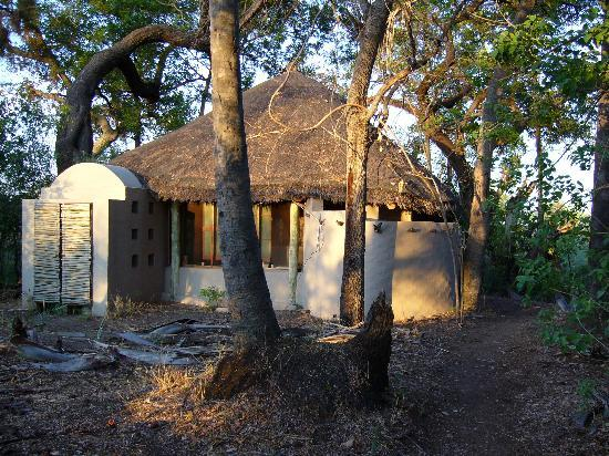 andBeyond Sandibe Okavango Safari Lodge: My cottage, from the rear