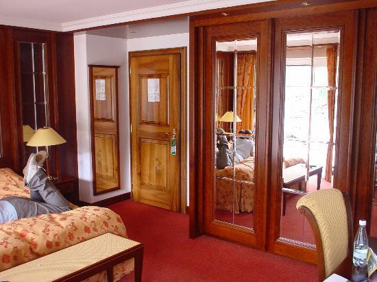 Parkhotel Beau Site : Suite