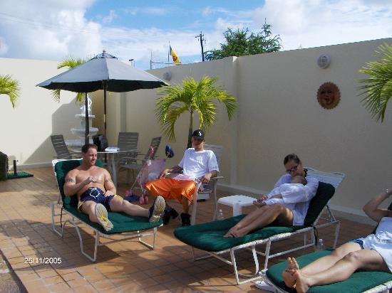 Hotel Villa del Sol: Poolside