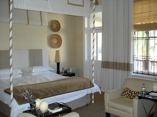 An African Villa: Superior Bedroom