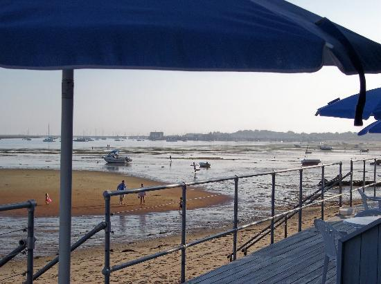 Watermark Inn: View from deck at low tide