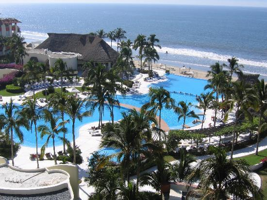 Grand Velas Riviera Nayarit: Aerial View of Pools and Grounds