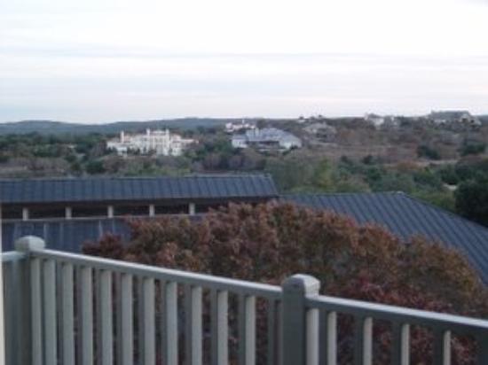 Omni Barton Creek Resort & Spa: Homes in the hills