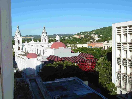 Hotel Melia Ponce: melia rooftop view Firehouse & church