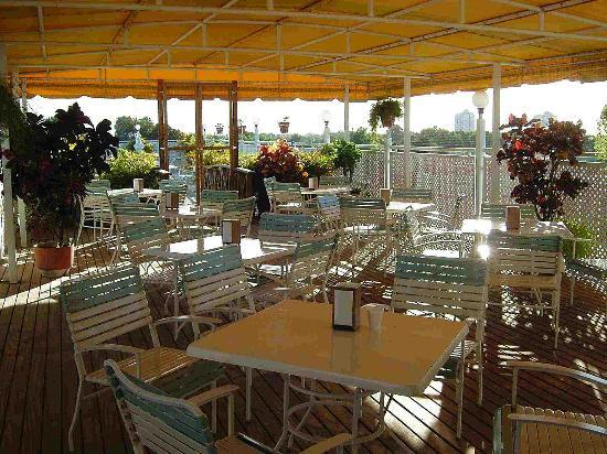 Hotel Melia Ponce: rooftop cafe