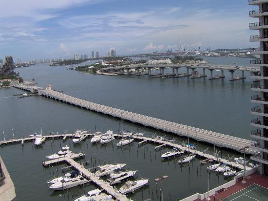 Miami Marriott Biscayne Bay: Bay View from room