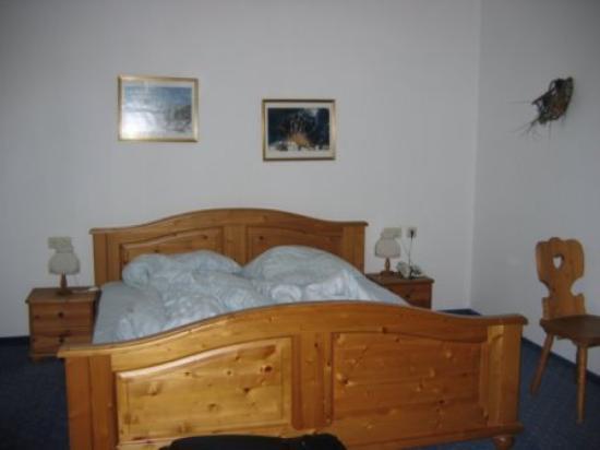 Hotel Vier Jahreszeiten Photo
