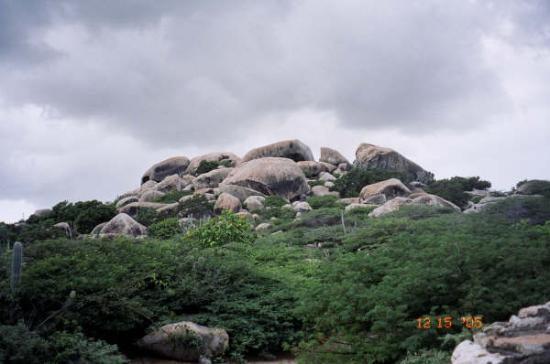 Stonehenge of Aruba: rock formations in aruba