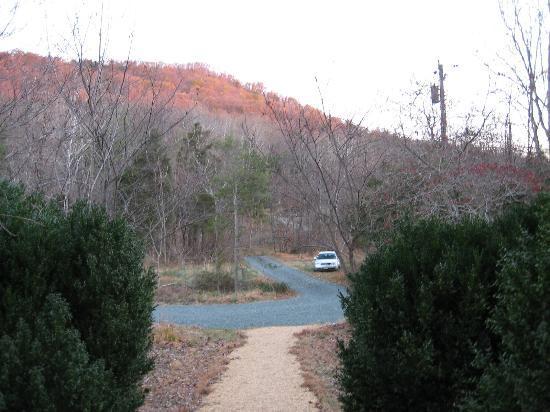 The Inn at Sugar Hollow Farm: View of the Blue Ridge Mountains