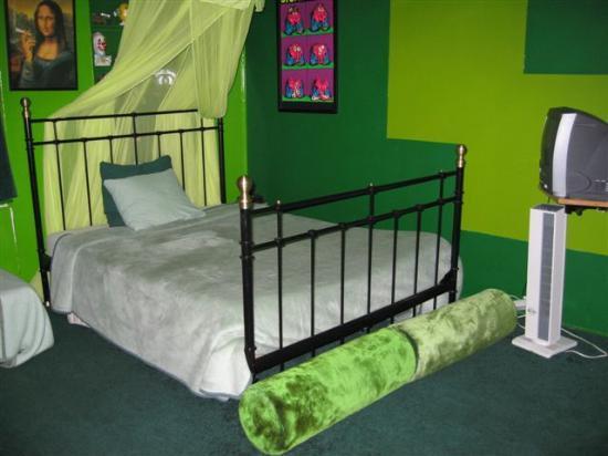 Amsterdam Escape: The Green Bedroom