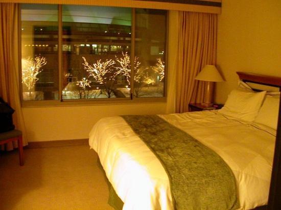 Moline, IL: Bedroom area of junior suite