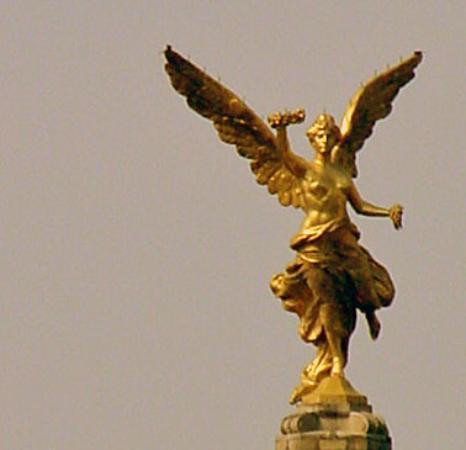 Monumento a los Heroes de la Independencia : Angel of Independence, Mexico City