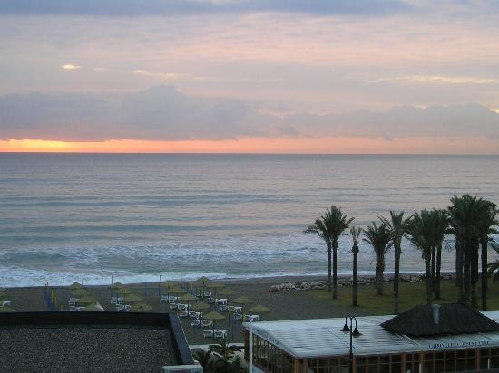 MedPlaya Hotel Pez Espada: Sunset view from my window
