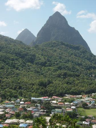 Villa Beach Cottages: Soufriere and the Pitons - well worth the drive