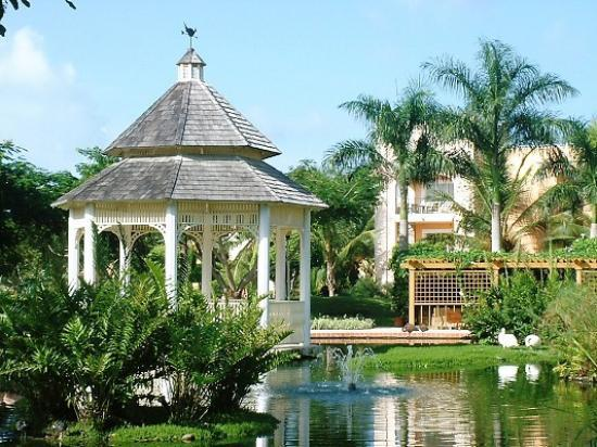 Iberostar Hacienda Dominicus: the wedding gazebo