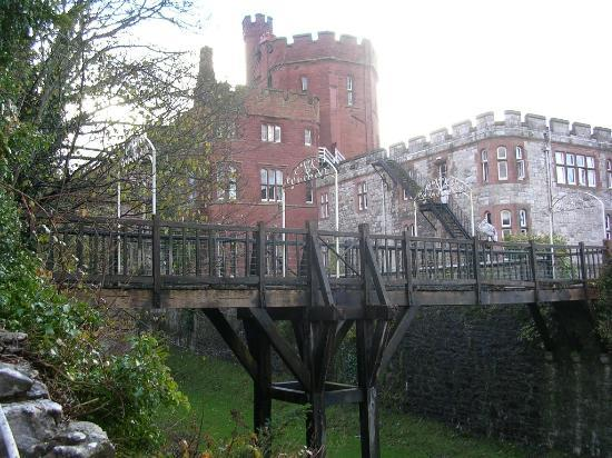 Ruthin Castle Hotel: view from the back of the castle