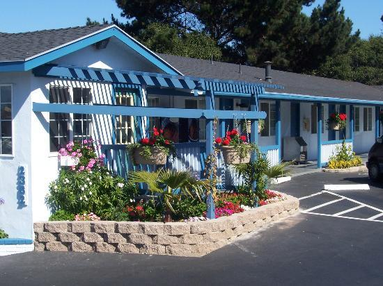 Blue Lagoon Inn Photo